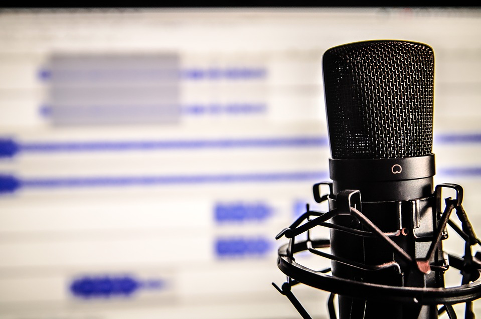 Should You Start a Podcast For Your Business?