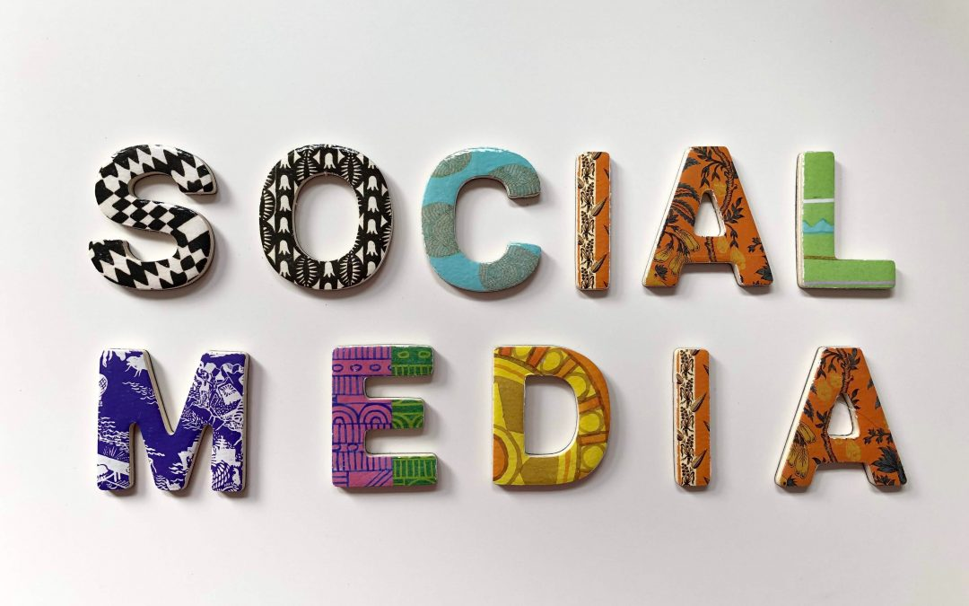 Why you should hire a social media agency?